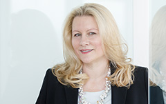 MMag. Dr. Astrid Ablasser-Neuhuber
